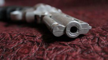 Asesinada a tiros en la terraza de su casa