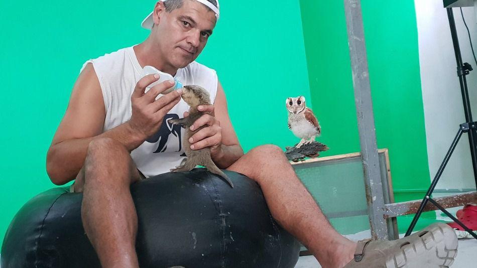Frank Cuesta casi muere a manos de traficantes de animales