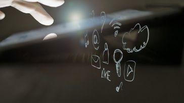 Mejores rastreadores de claves de Facebook en línea