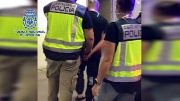 Detienen en Algeciras a un fugado de la justicia por homicidio que incluso intentó escapar por el tejado