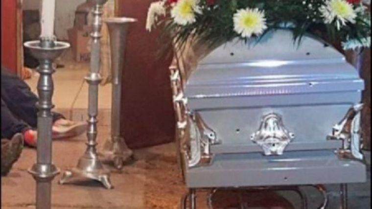 Asesinados a tiros en un velatorio