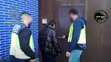 La Policía española 'caza' a dos peligrosos fugitivos buscados en Suecia y la República Checa