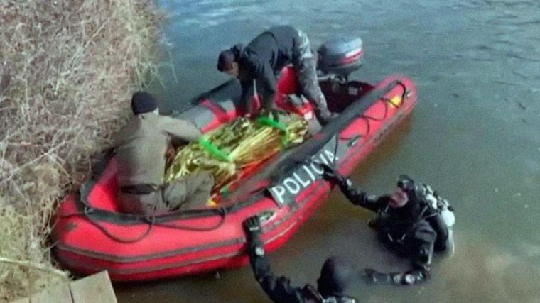 Baño mortal: Rescatado el cadáver de un refugiado argelino de solo 20 años