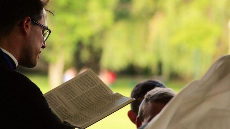 Con la Iglesia hemos topado: Un salesiano es acusado de abusar de seis menores