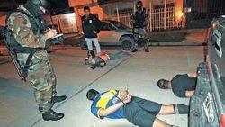 Piratas del asfalto detenidos por extorsionar a camioneros y hacerse pasar por polic�as