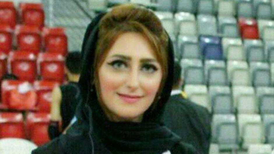 Un miembro de la realeza de Bahréin mata a una periodista delante de su hijo