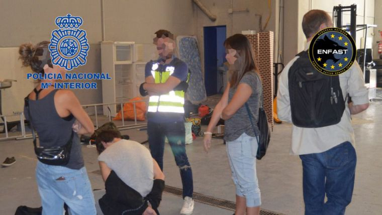 El asesino polaco detenido en España que camuflaba marihuana en botes de tomate
