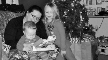 Hace dulces navideños con los restos de su placenta