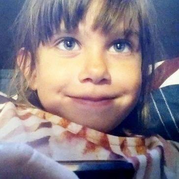 Una adolescente mata a una niña de 7 años con un cúter
