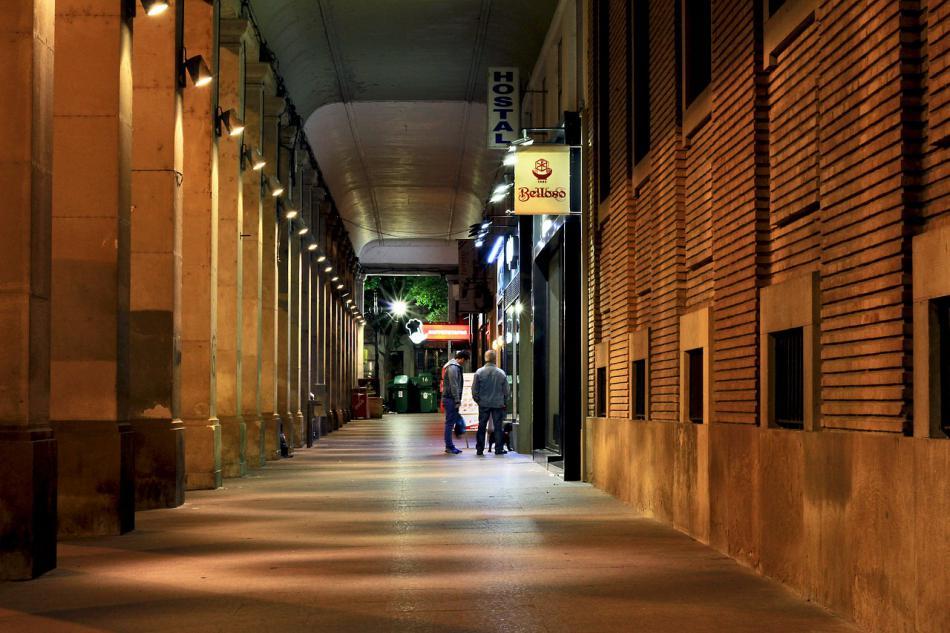Encuentran a un hombre deambulando por Zaragoza con el pene amputado