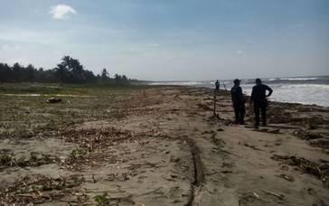 Encuentran a un hombre decapitado y sin piernas en Tabasco