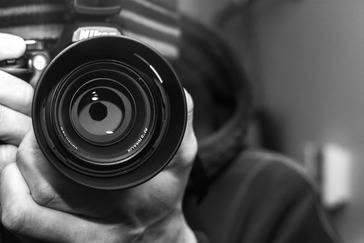 Aprovechaba su reputación de fotógrafo para abusar sexualmente de sus víctimas